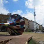 Berlin Grafitti Rosa Luxemburg Platz