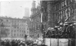 Government forces assembled on Marienplatz, Munich, 1923