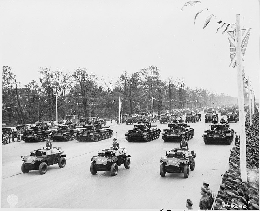 Berlin Experiences - The British Victory Parade In Berlin