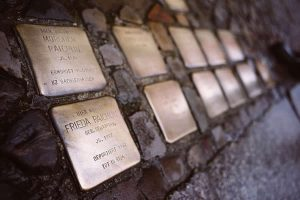 Berlin Experiences - Stolpersteine In Berlin