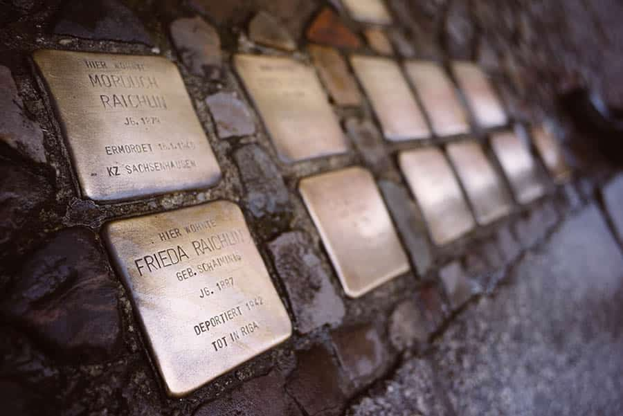 Berlin Experiences - Stolpersteine - Personalising The Void