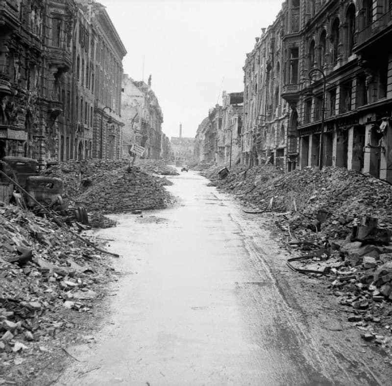 Berlin 1945 - Street near Unter den Linden