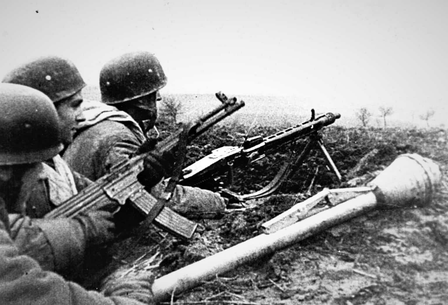 Men of the 9th Parachute Division