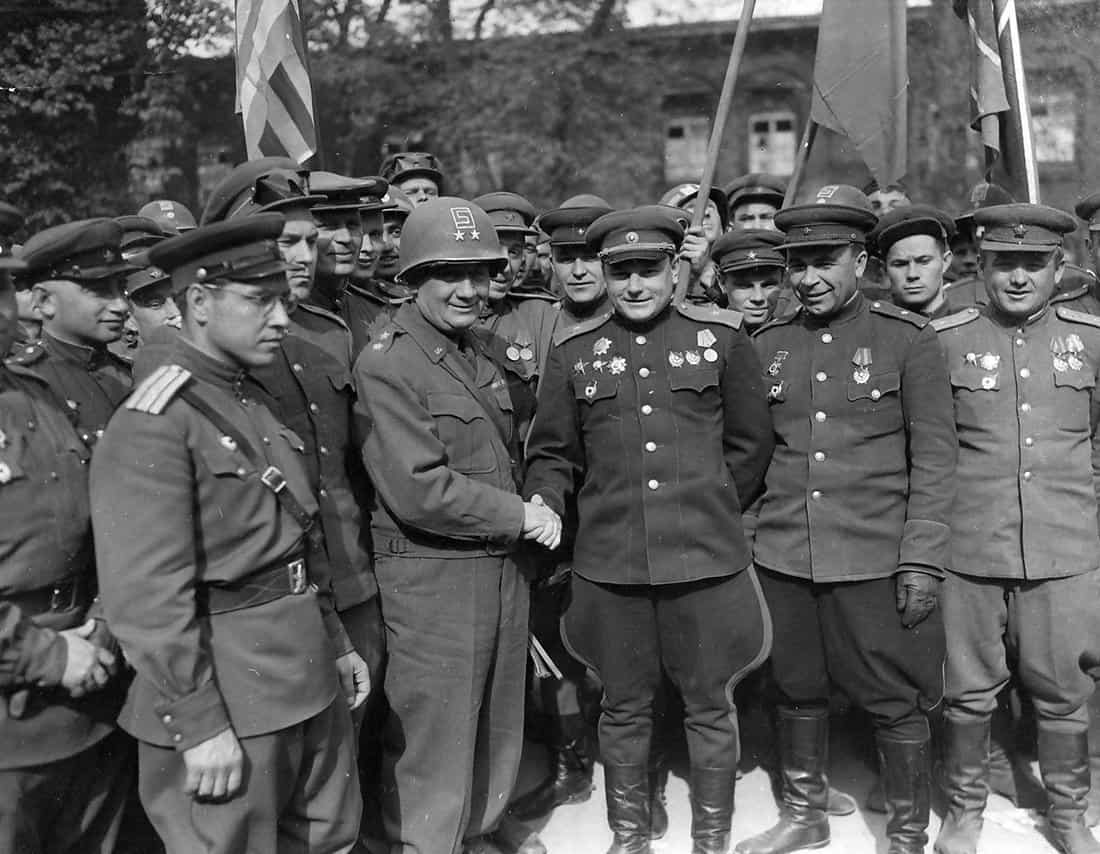 US 69th Division and Soviet 58th meet at the river Elbe
