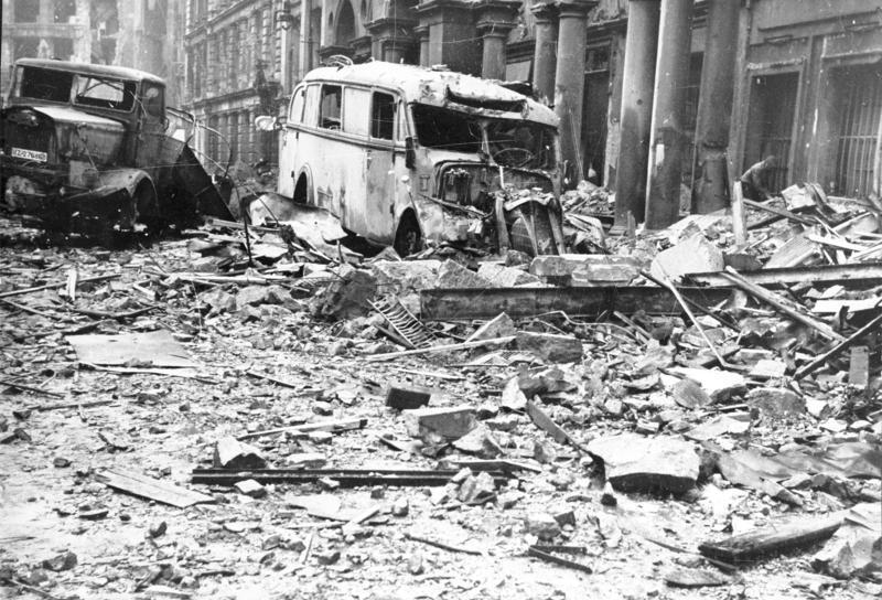 Berlin's Mohrenstrasse in the heart of the government quarter, 1945/Image: Bundesarchiv, Bild 183-J31347