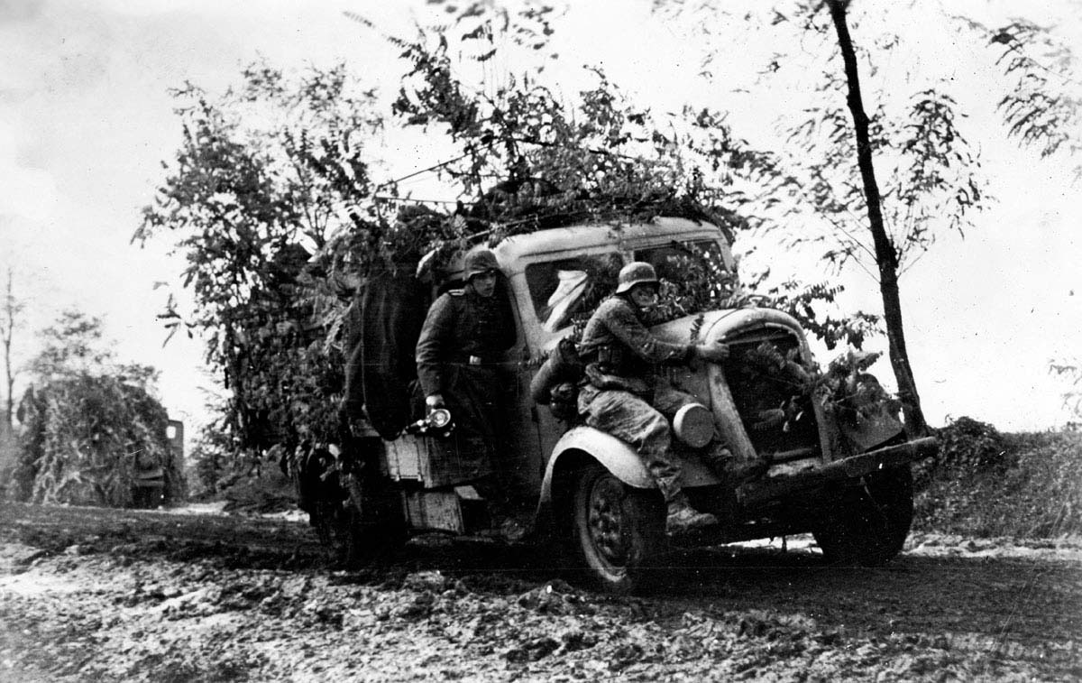 German re-enforcements are sent to the frontline at the Seelow Heights and Battle of Berlin