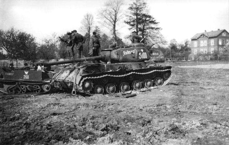 1st Parachute Division Herman Göring and a captured Polish communist army tank in Bautzen