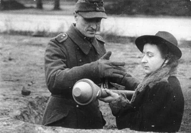A German woman being trained to use a Panzerfaust in 1945