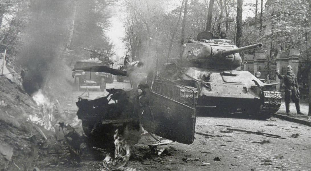 7th Tank Guard Corps in Berlin' suburbs during the Battle of Berlin