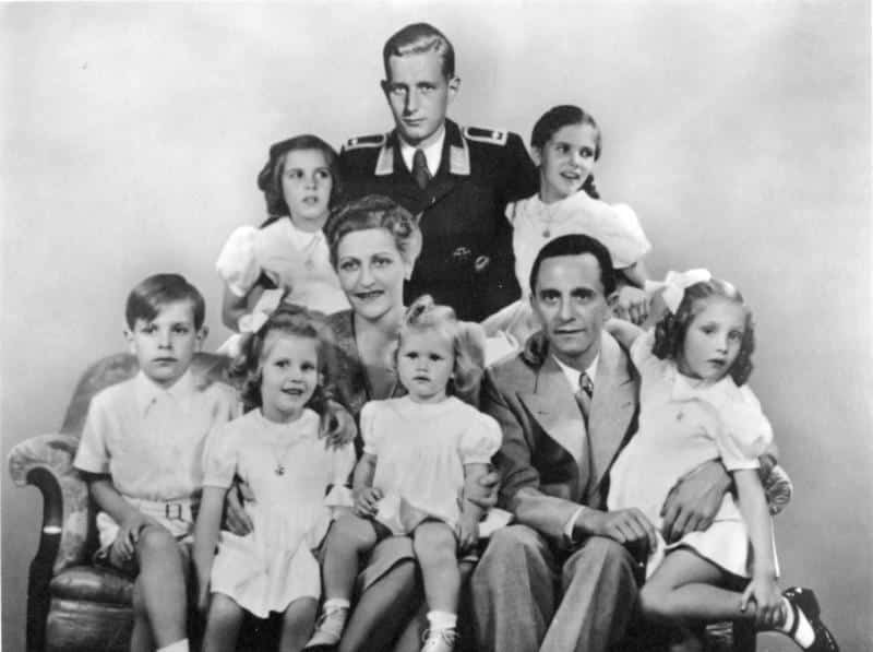 Goebbels Family portrait: in the centre are Magda Goebbels and Joseph Goebbels, with their six children Helga, Hildegard, Helmut, Hedwig, Holdine and Heidrun. Behind is Harald Quandt in the uniform of a Flight Sergeant of the Air Force