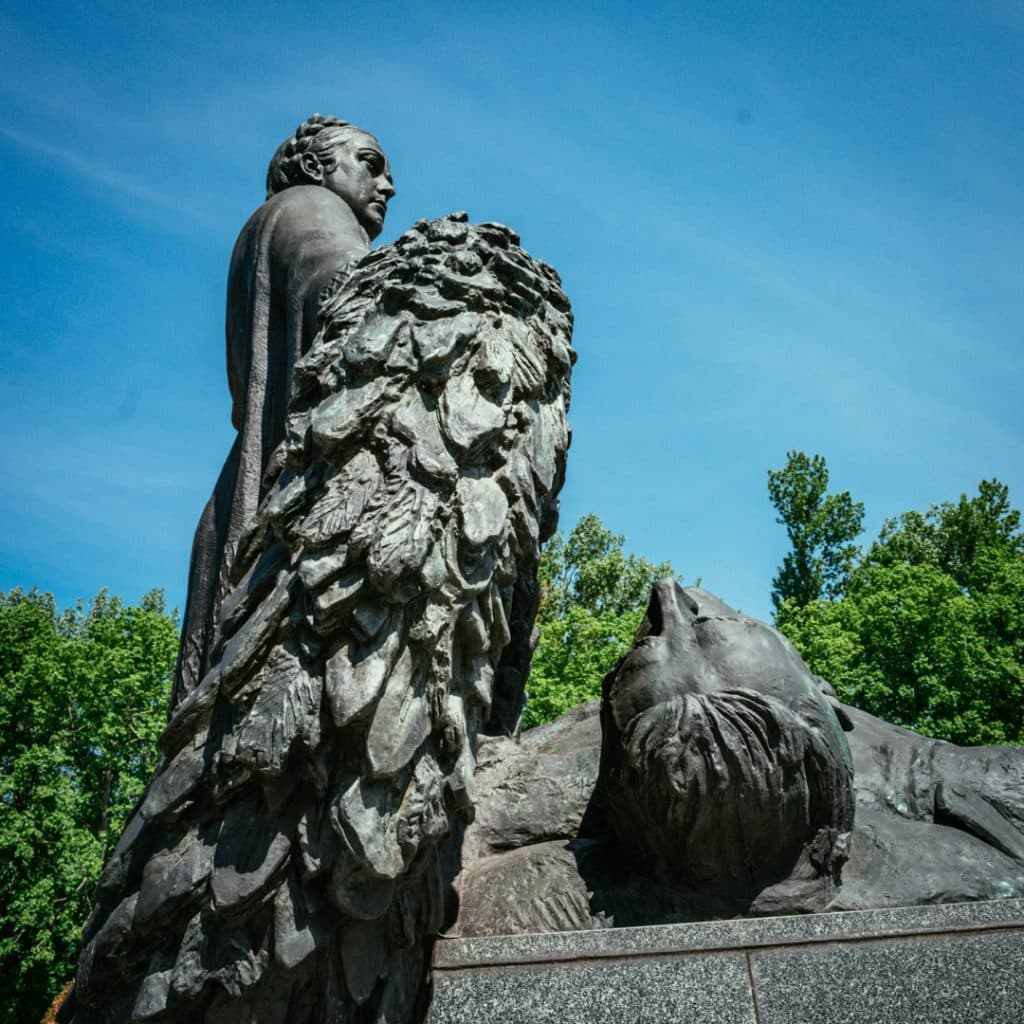 Statue of the Motherland in Berlin, Schönholzer Heide