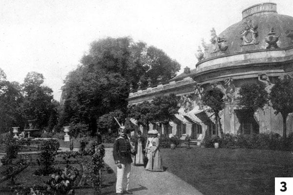 Schloss Sanssouci in 1895/Public Domain